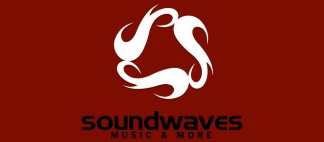 Soundwaves Music and More: lots and lots of vinyl
