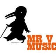 Live bands at Mr V at Semaphore, SA